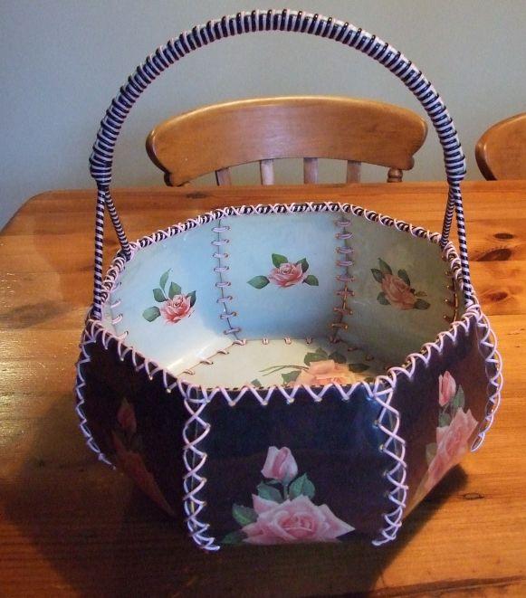 Rose tins & sewing basket 004