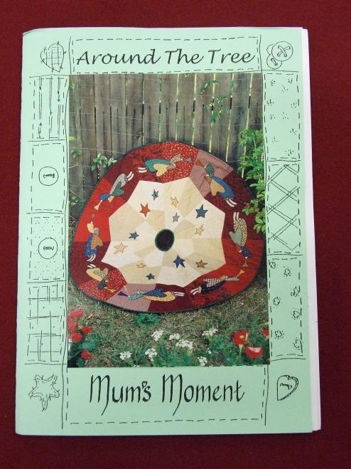 Around the Tree Mum's Moment