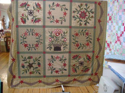 Suzanne's Friendships Garden Quilt Top